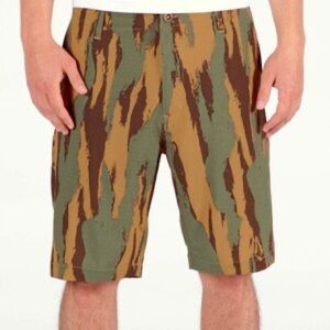 New Volcom Surf & Turf Hybrid Shorts Camo